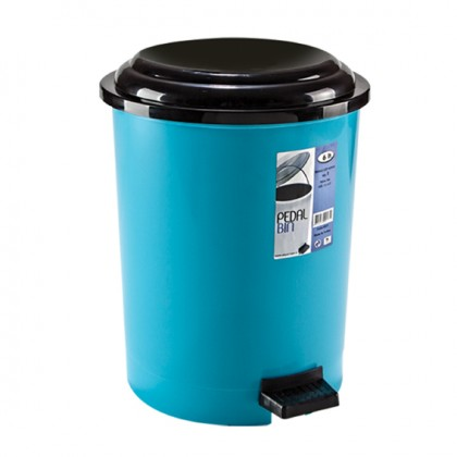 Step-On Wastebasket 6 Lt.